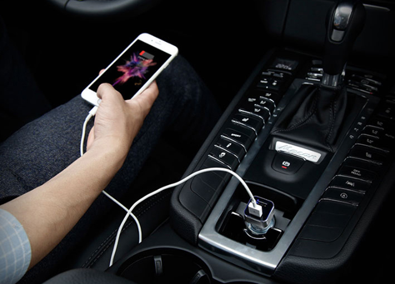 Monitor Car Voltage Cigarette Lighter Adapter With 2 Charging Port IPGC08_13