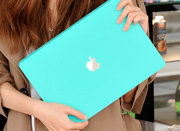 Best Cases And Covers For MacBook Air And Pro Sleeves MBPA02_5