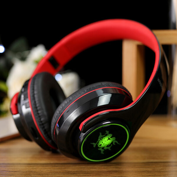 Wireless Bluetooth Gaming Headset With Luminous Logo BTE08