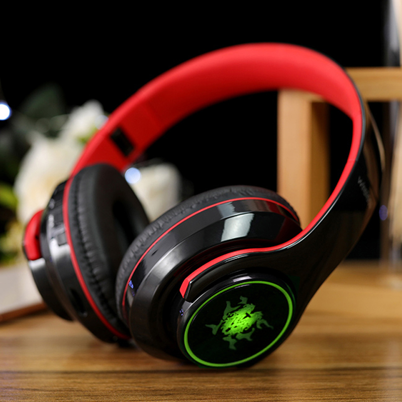 Wireless Bluetooth Gaming Headset With Luminous Logo Bte08 Cheap Cell Phone Case With Keyboard For Sale